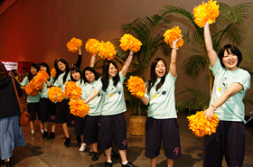 A warm and energetic welcome from the cheerleaders of Osaka Gakuin University.