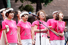 Members of The Star Chorus Group are Japanese stars well known in various industries.