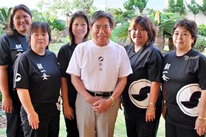 琉球古典安冨祖流音楽研究朝一会 ハワイのメンバーの方と