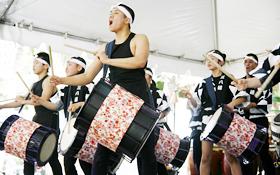 Taikojuku MIYAKO perform with intensity, hard to imagine that they are Children!