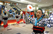 Oita's Kusadiodori Hozon-kai take up the whole stage and more to perform