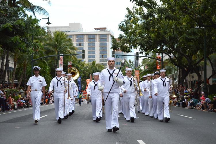 parade08